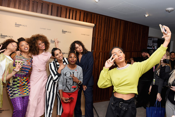 Elaine+Welteroth+Chloe+Bailey+Teen+Vogue+Summit+cGdbImNvbrxl